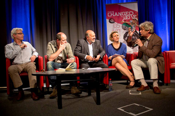 "Roger Sue, Arnaud Poissonnier, Richard Collin (animateur), Anne-Sophie Novel et Patrick Viveret.   ""La société du « Co » : créer de la valeur et vivre ses valeurs ensemble""."
