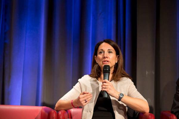 Valérie Belhassen, directrice du Change Management et du développement des compétences des Réseaux France de BNP Paribas