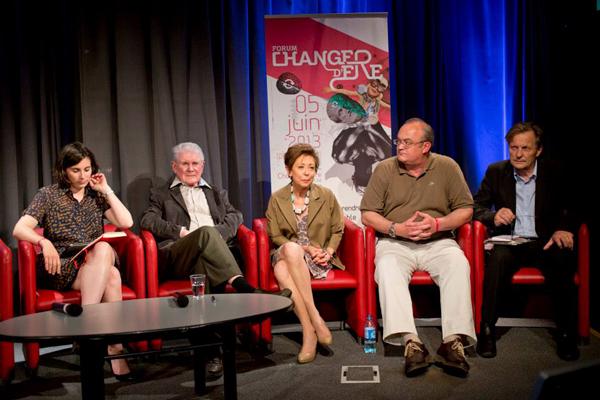 Adeline Braescu-Kerlan, René Passet (Parrain du Forum Changer d'Ere), Muriel de Saint-Sauveur, Dr Dominique Dupagne et Michel Authier.